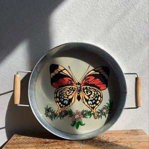 🦋 decor tin tray with wood handles